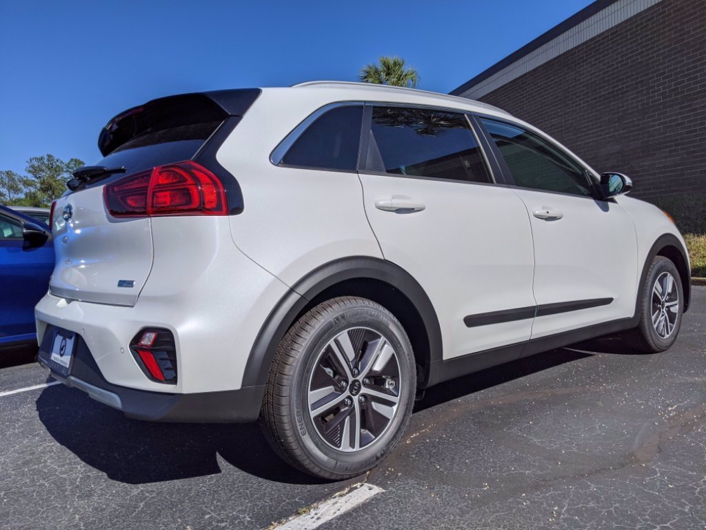New 2020 Kia Niro Touring